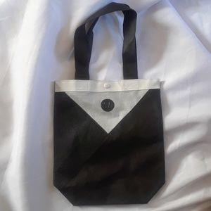 Lululeamon tote bag